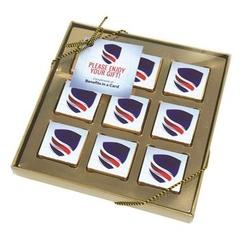 boîte de neuf chocolats carrés